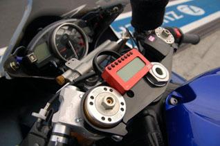 VDMT-YamR6RJ15-SMK-Moto-09-2010-swelte-0024.jpg